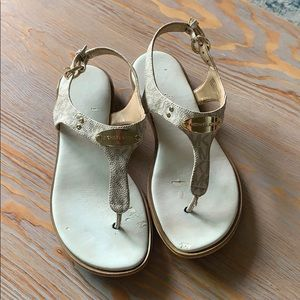 Michael Kors used sandals size 5 1/2